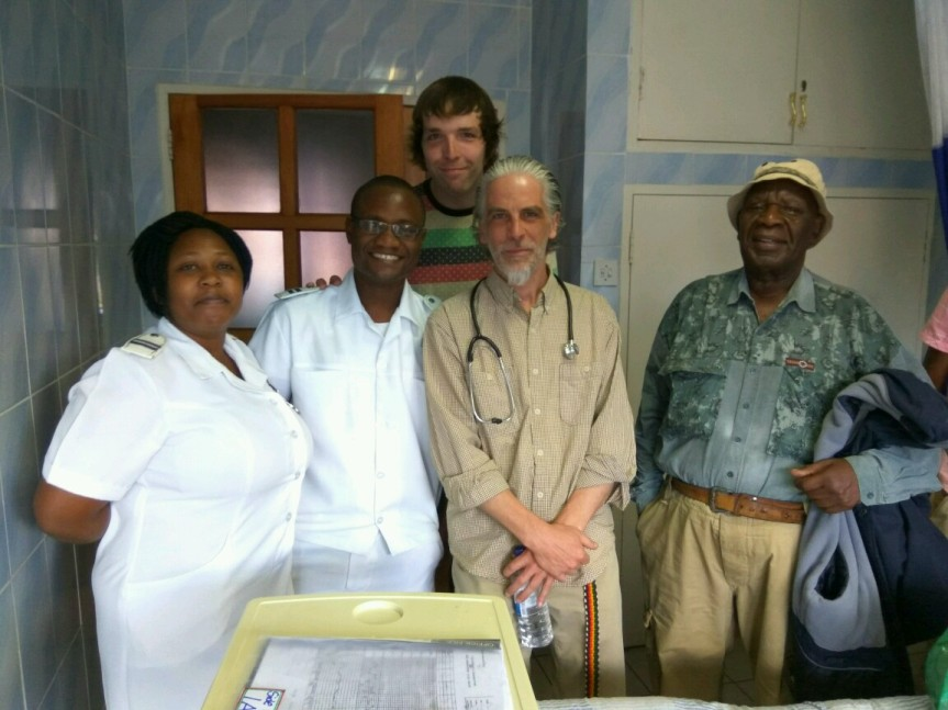Team DONALD! CCH Hospital March 30 2017 - Chitungwiza Central Hospital - Zimbabwe - Jason Bowman